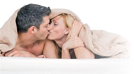 Dicker Arsch blonde Frau braucht ihren BBC Schwacher Orgasmus nach Zystoskopie